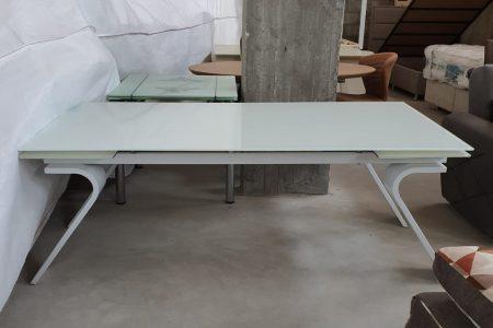 שולחן גדול לפינת אוכל דגם 445 זכוכית חלבית